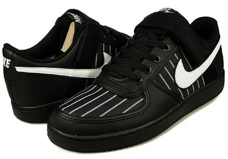 Nike Vandal Low - Black / White
