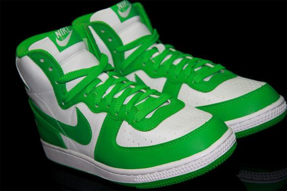 Nike Womens Terminator High - White / Hyper Verde