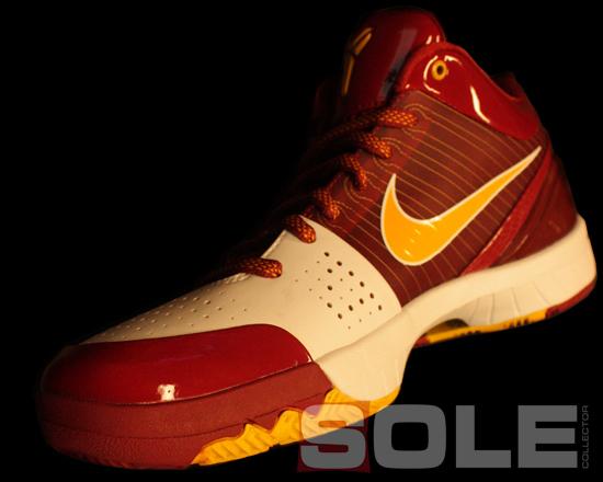 Nike Zoom Kobe IV (4) - USC