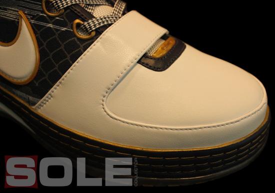 Nike Zoom Lebron VI (6) - Akron