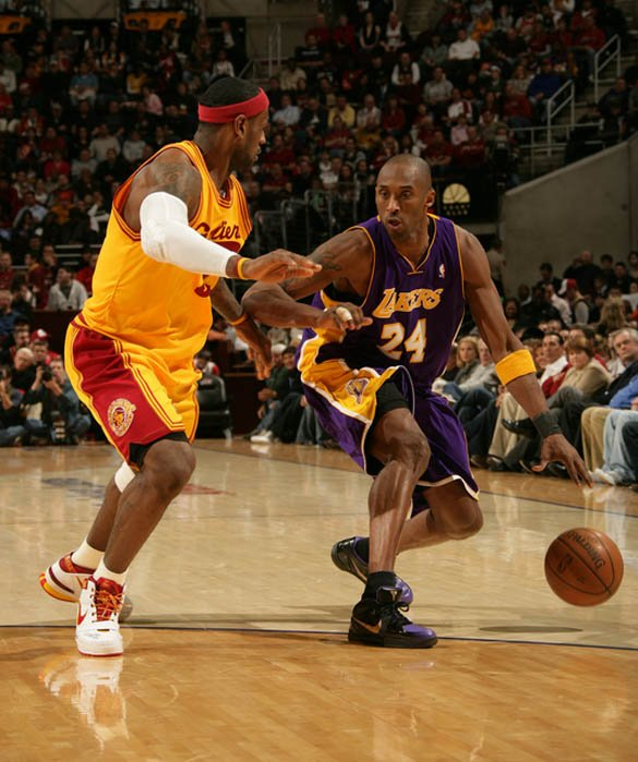 on court kobe bryant vs lebron james 3
