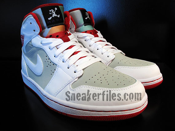 Air Jordan I (1) Retro - Hare Detailed Look