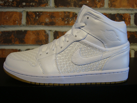 Air Jordan I (1) April Releases Now Available Early