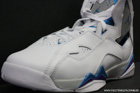 Jordan True Flighttp://www.sneakerfiles.com/wp-admin/post.php?action=edit&post=53666&message=7ht - White / Neon Turquoise