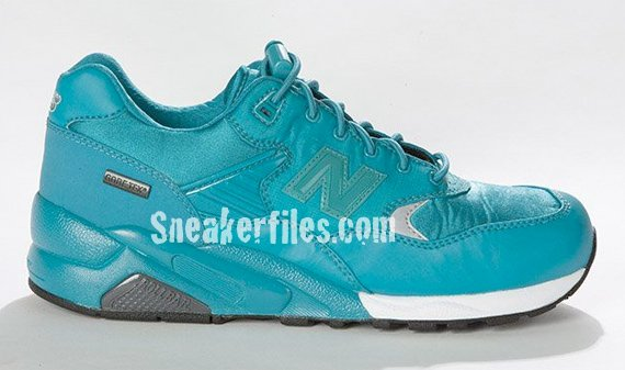 New Balance MTG580 Neon Goretex Launch and Exhibition
