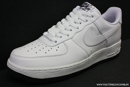 Here's another shoe that Nike fans are sure to cop: the Nike Air Force 1 '07