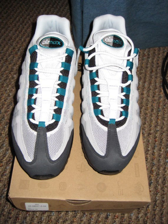 Nike Air Max 95 - White / Fresh Water / Neutral Grey / Medium Grey