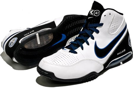 hot sale online 61d6c 27132 Nike Air Max Spot Up - Dirk Nowitzki PE | Playoff Pack ...