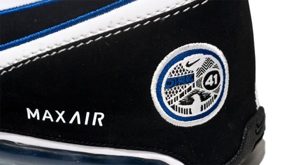 Nike Air Max Spot Up - Dirk Nowitzki PE | Playoff Pack