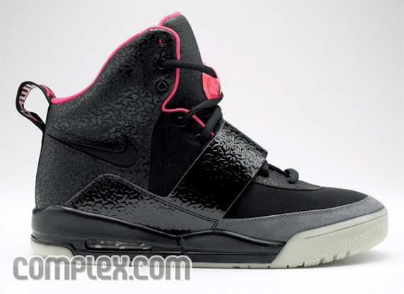 Nike Air Yeezy New Images