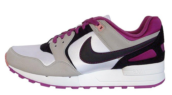 Nike Pre-Orders April 2009 Releases