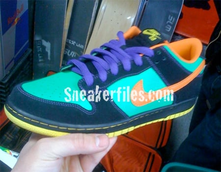 Nike SB Dunk Holiday 2009 Preview