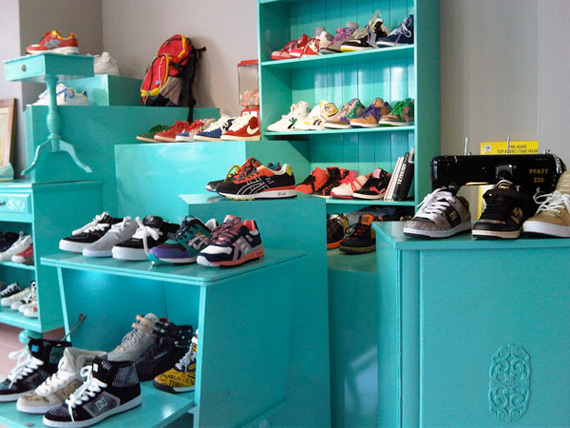 No Boys Allowed- Female Sneaker Boutique