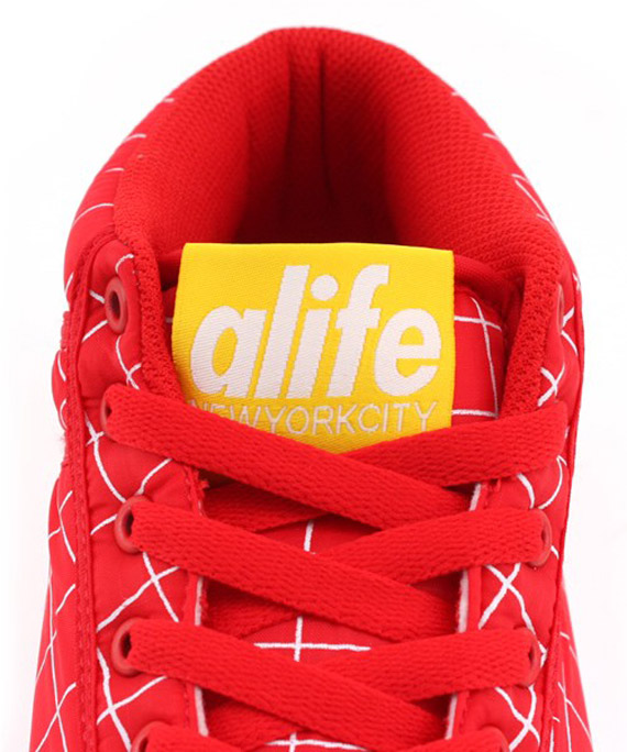 Alife Everybody Mid Parachute Nylon Grid Pack
