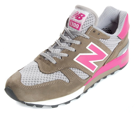 New Balance M1300 - Brown / Grey / Pink / White