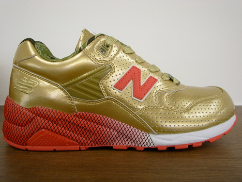 New Balance MT580 x Stussy x UNDFTD x realMad Hectic | Full Metallic Jacket Pack