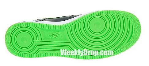 Nike Air Force 1 - Black / Mean Green