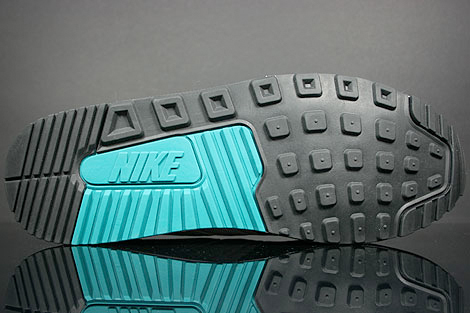 Nike Air Max Light - White / Fresh Water - Black