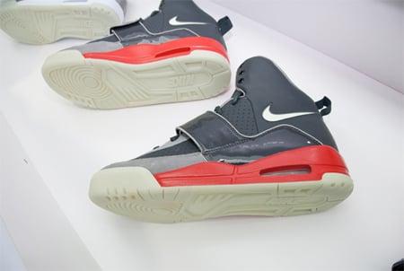 Nike Air Yeezy - Black / Grey - Red