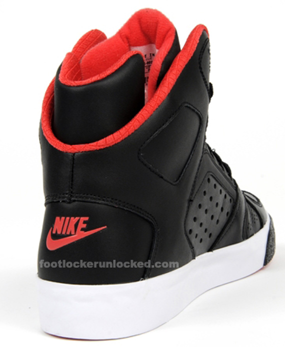 Nike Auto Flight - Black / Infrared