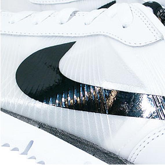 Nike Cortez Fly Motion - White / Black