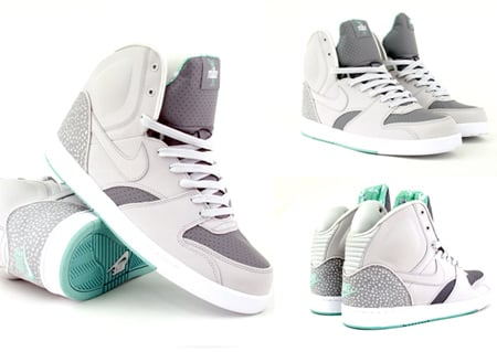 Nike RT1 - Neutral Grey / Green Mist / Cool Grey