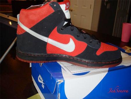 Nike SB Dunk High Sample - Black / Red | September 2009