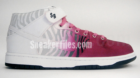 Nike SB Dunk Mid Tokyo Designed by Lazy