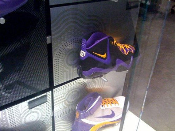 Nike Zoom Fun Police - Los Angeles Lakers
