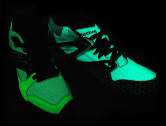 Chapter World x Reebok Glow Pack - Pump Omni Lite & Court Victory Pump