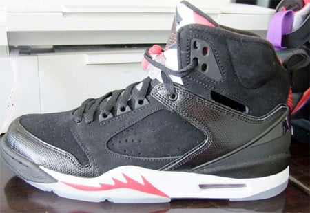Air Jordan 60+ Black / White - Red