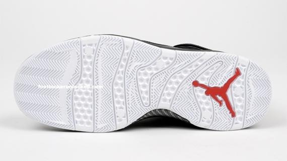 Air Jordan Hallowed Ground - Black / Red - White