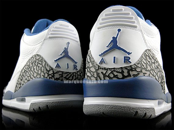 Air Jordan Retro III (3) True Blue - August 2009