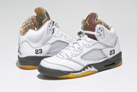 Air Jordan V (5) - White / Dark Cinder - Dark Army - Del Sol