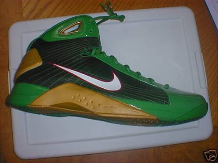 """Big Baby"" Nike X-Mas Day Hyperdunk Available on eBay"