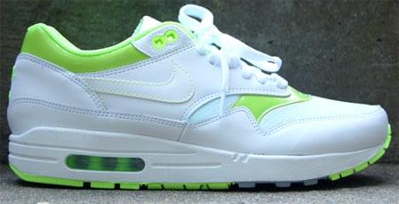 Highlighter Nike Air Max 1 - White / Neon   SneakerFiles