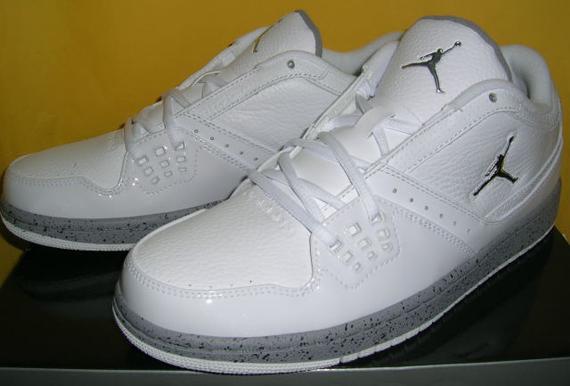 Jordan 1 Flight Low - White Cement