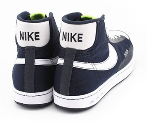 reputable site 83938 899f3 Nike ACG Blazer Mid - Black   White