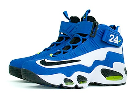 huge selection of fb3b6 5225f Nike Air Griffey Max 1 Varsity Royal Available | SneakerFiles