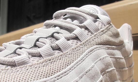 Nike Air Max 95 Premium QS - Try On