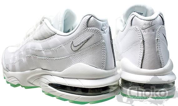 Nike Women's Air Max 95 - White / Green