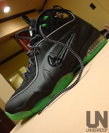 Nike Air Penny 1/2 Cent - Black / Green