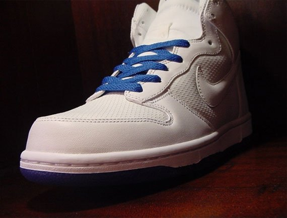 Nike Dunk High - White / Blue