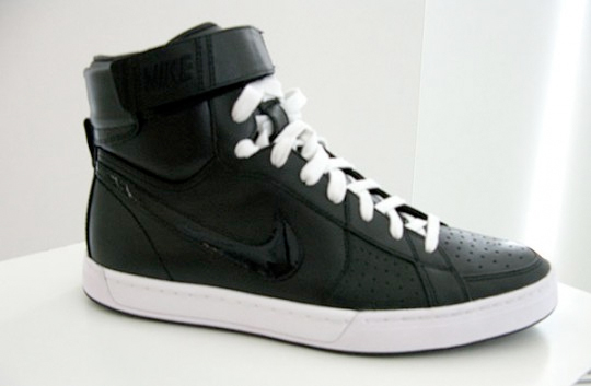 Nike Sportswear Fly Top - Fall 2009
