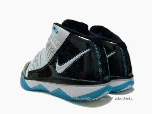 Nike Zoom LeBron Soldier 3 (III) - White / Black - Teal