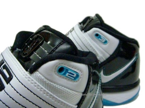 Nike Zoom LeBron Soldier 3 (III) - White / Black - Teal