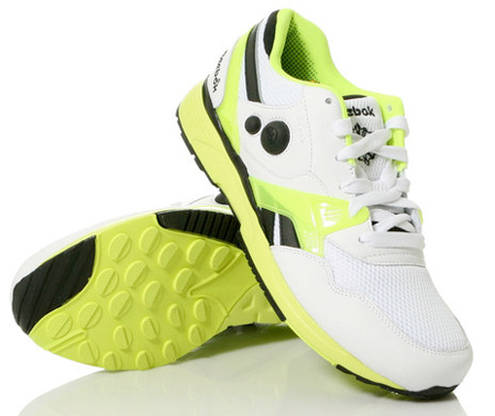 Reebok AXT Side Pump Trainer - White / Neon Yellow - Black