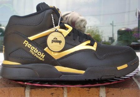 Formation Text Entwurf  Reebok Omni-Lite Pump - Black / Gold | SneakerFiles