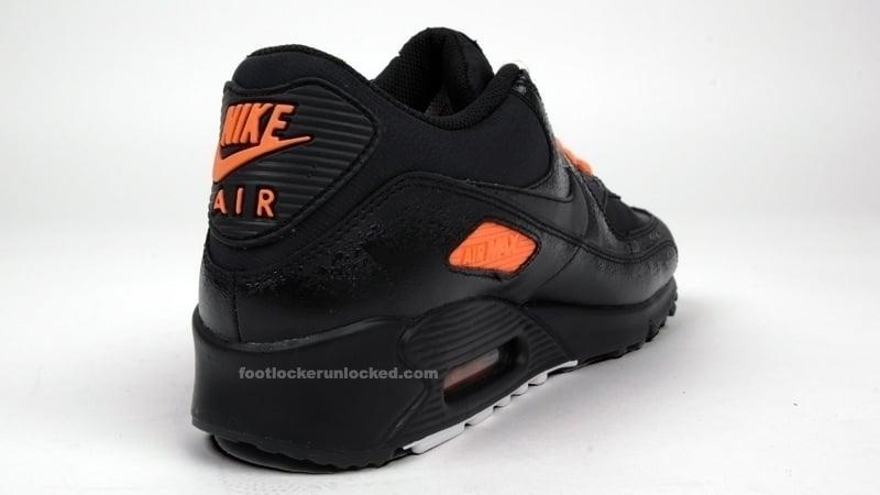 Nike Air Max 90 - Black / Total Orange