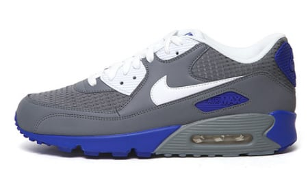 wholesale dealer 4eb9f 055ef Nike Air Max 90 - Cool Grey / White - Hyper Blue | SneakerFiles